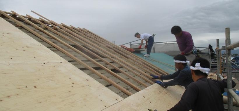 Fks邸/床下地、屋根工事