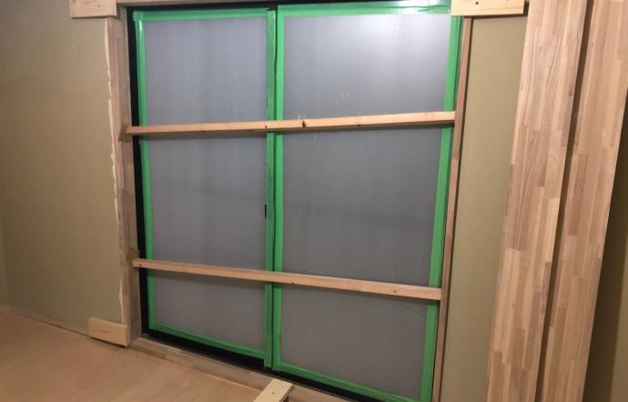 Ues邸/窓枠設置工事、設備配管工事