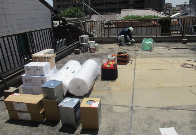 Ngt邸/防水工事、設備配管工事