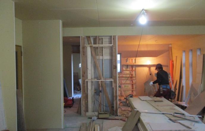 Udm邸/大工工事、塗装工事