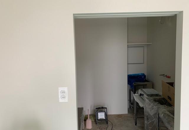 Wak邸/塗装、器具取付